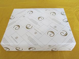アンリ・シャルパンティエ包装紙